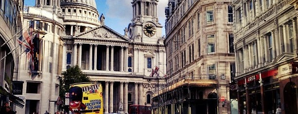 St Paul's Cathedral is one of London.