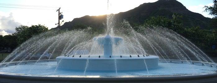 Kapiolani Fountain is one of Favorites, Waikiki.