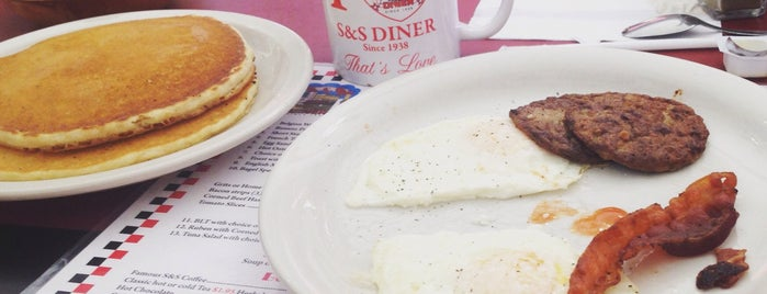S & S Diner is one of The Layover: Miami.