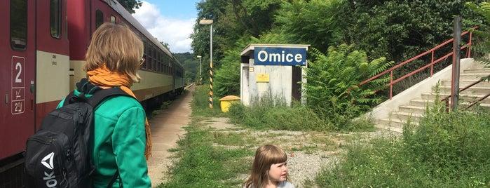 Železniční zastávka Omice is one of Trať 240 Brno - Jihlava.