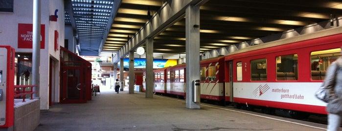 Bahnhof Zermatt is one of Bahnhöfe Top 200 Schweiz.