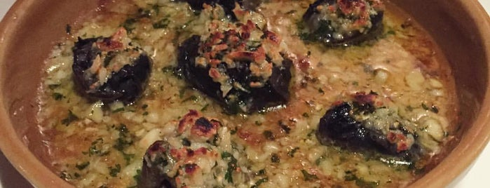Lyon French Cuisine is one of LanLa aLonG Soi Ruamrudee!.