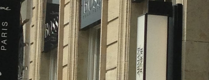 Hugo Boss is one of Boutiques.