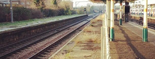 Plaistow London Underground Station is one of Tube Challenge.