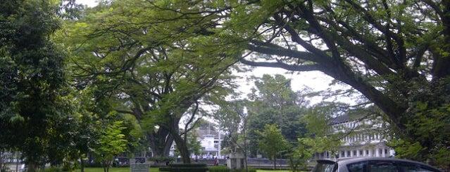 Balai Kota Bandung is one of Place3.