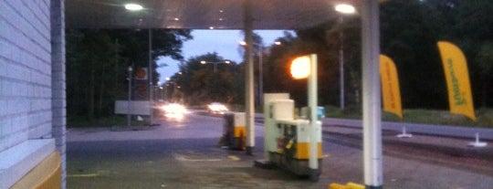 Shell Europaweg is one of Shell Tankstations.