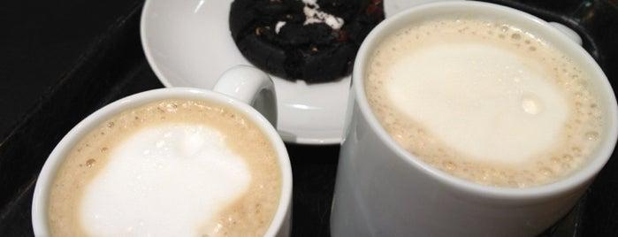 Starbucks Coffee イオンタウン千種店 is one of Starbucks Coffee.
