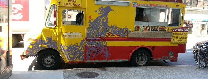 Desi Food Truck is one of NYC Food Trucks.