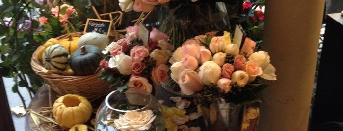 Au nom de la Rose is one of Paris.