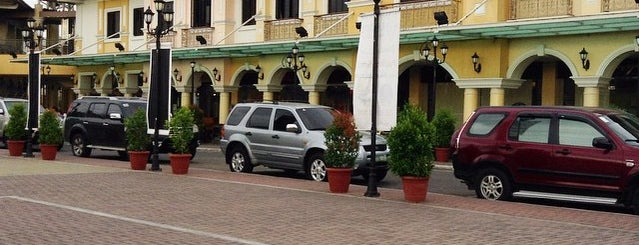 Plaza Mayor is one of Places I've been to....