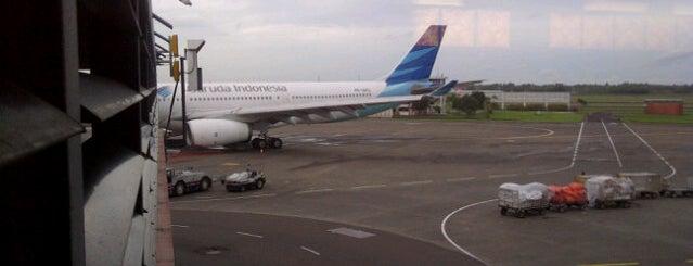 Gate F4 is one of Soekarno Hatta International Airport (CGK).