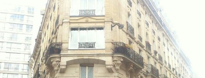 Le Pure Café is one of Lloyd's Paris.