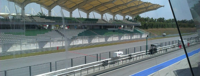 Sepang International Circuit (SIC) is one of tmp.