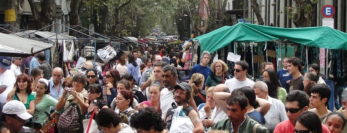 Feria de Tristán Narvaja is one of Montevideo City Badge - Mateína.