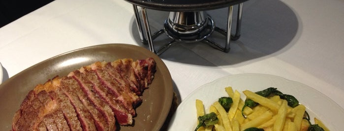 Restaurante Narcea is one of Restaurantes!!.