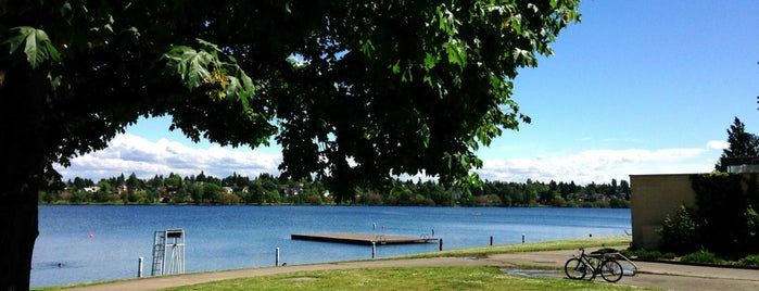Green Lake Park is one of Great Outdoor and Swimmies.