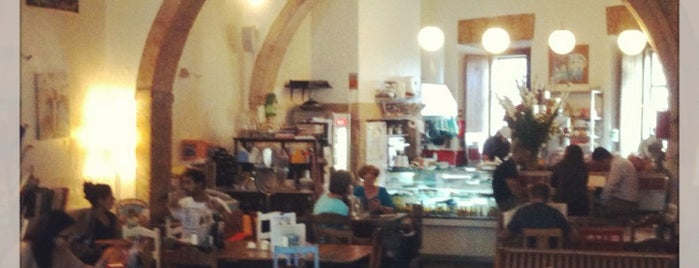 Pois, Café is one of Favourite places.