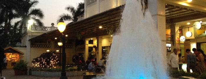 Fountain is one of Must-Visit Place for YummyLicious Food!!.