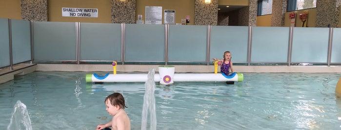Brookstreet Hotel Pool is one of Kanata.