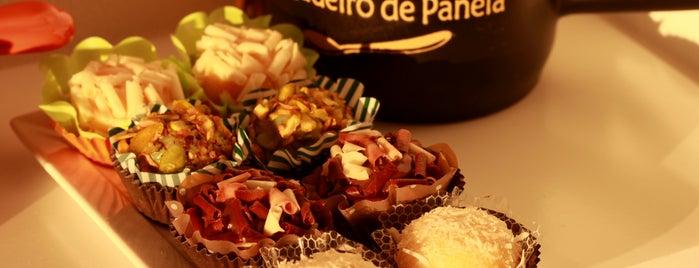 Amoriko Brigadeiros Finos is one of Onde comer em Floripa: delícias p/ o café da tarde.