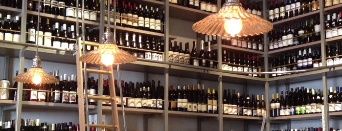 Esters Wine Shop & Bar is one of Chris' LA To-Dine List.