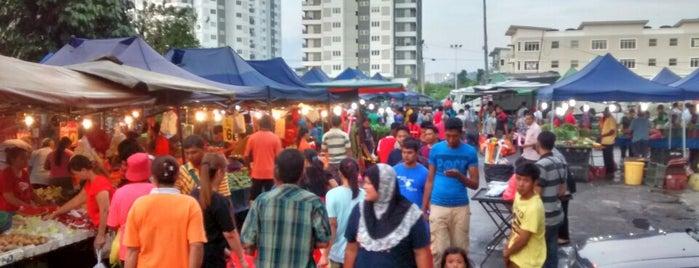 Pasar Malam Puchong 14 is one of Selangor.