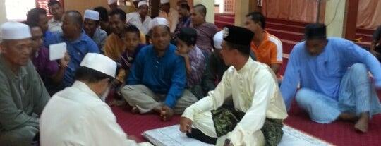 Masjid Felda Bukit Bading is one of @Hulu Terengganu.