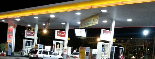 Posto Disbrave (Shell) is one of Lugares....