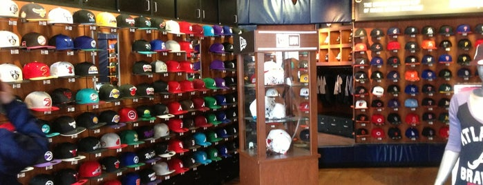 New Era Flagship Store is one of New Era Stores.