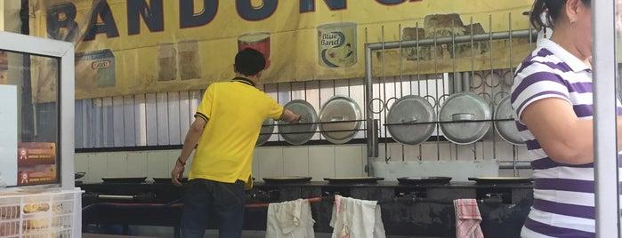 Martabak Bandung Jaya is one of Baker Dozen Badge in Jakarta.
