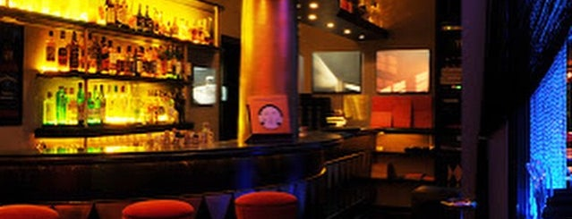 Alucci Alucci is one of Henri's TOP Bars!.