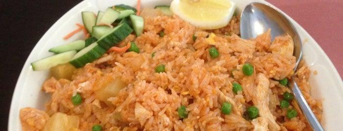 Erawan Thai Restaurant is one of Top 10 favorite restaurants in Syracuse, NY.