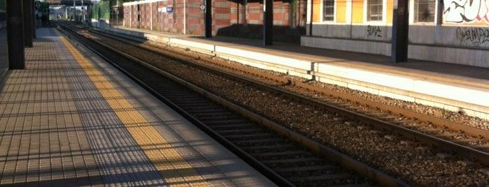 Stazione Olgiate-Calco-Brivio is one of Linee S e Passante Ferroviario di Milano.