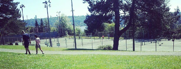 Laurelhurst Playfield is one of Seattle's 400+ Parks [Part 1].