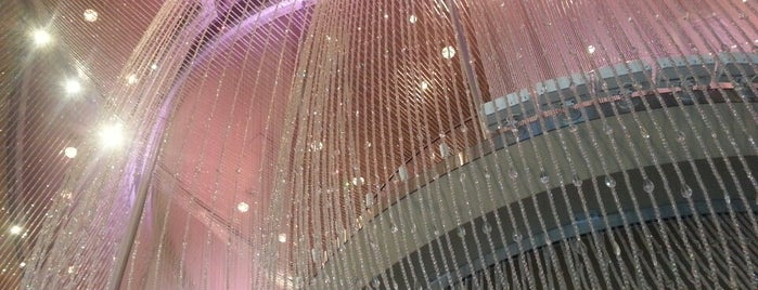 The Cosmopolitan of Las Vegas is one of 2 do list # 2.