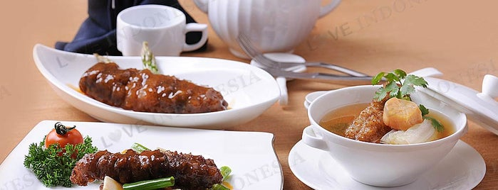 Teratai Restaurant Borobudur Hotel is one of Love Indonesia's tips.