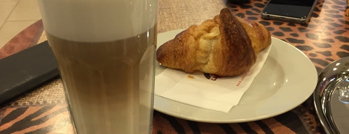 Cafe Frei is one of kedvenc helyek.