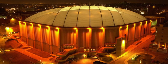 Carrier Dome is one of NYC Syracuse UNI.