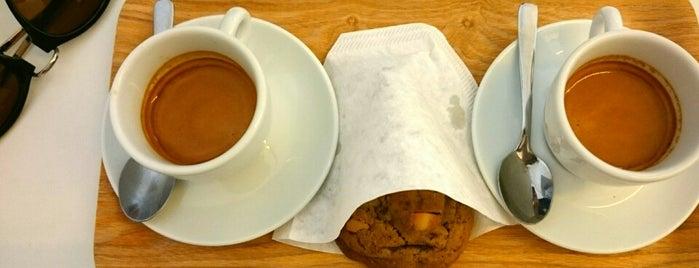 Beluga Café is one of Café com algo.
