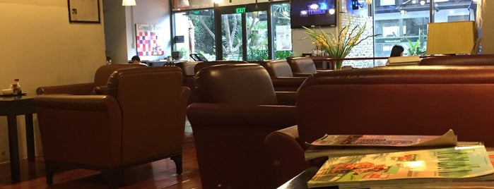 MOF Japanese Sweets & Coffee is one of Cafe SG.