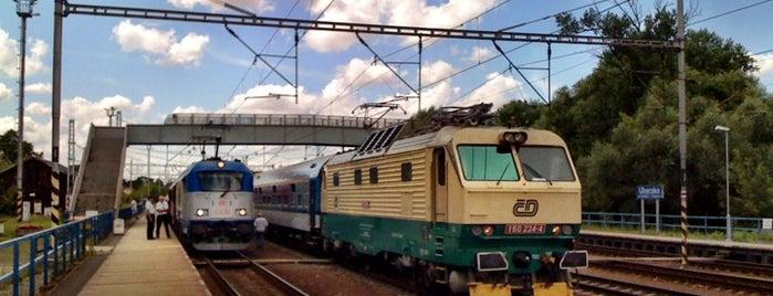 Železniční stanice Uhersko is one of Železniční stanice ČR: Š-U (12/14).