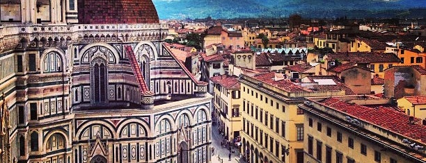 Piazza del Duomo is one of Favorite Places Around the World.