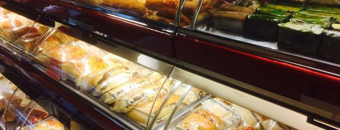 Holland bakery Gambir is one of Baker Dozen Badge in Jakarta.