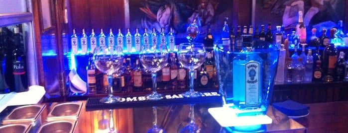 Velazquez Gin Club is one of Gins Madrid.