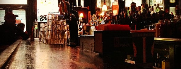 Old Town Bar is one of Drinks!.