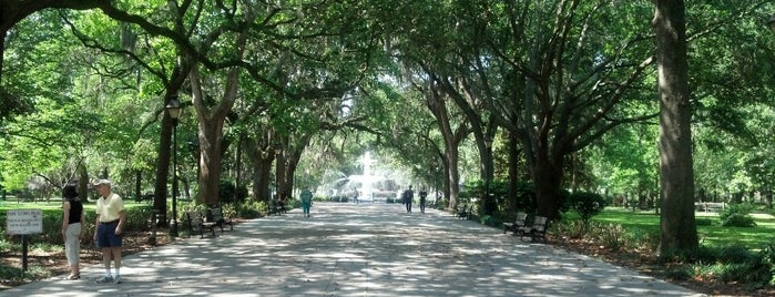 Forsyth Park is one of Duncan.