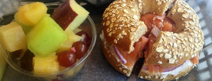The Beagle Bagel Cafe is one of Must-visit Food in Ridgeland.
