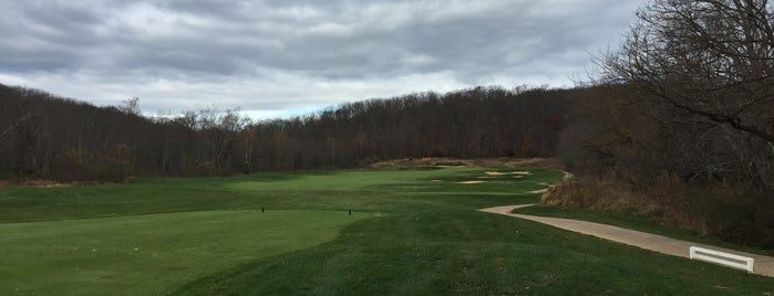 Raspberry Falls Golf & Hunt Club is one of Let's Play Golf: DC Metro ($80+).