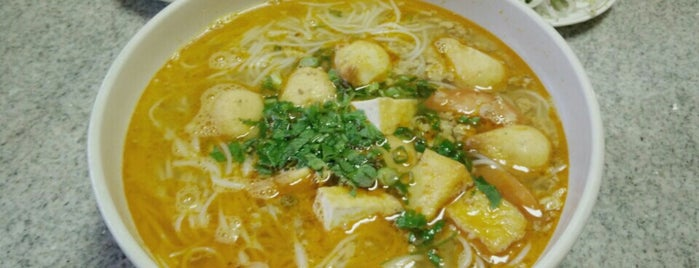 Hanoi Kitchen is one of Vegan Portland.