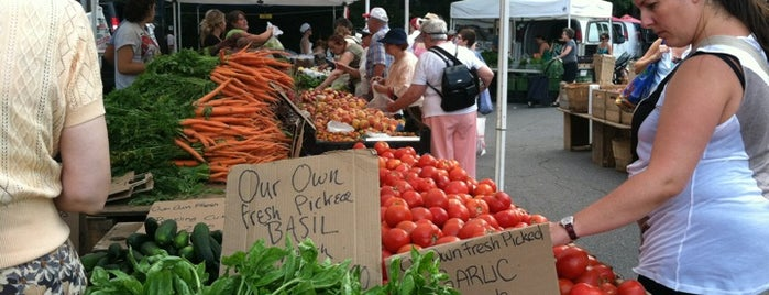 Coolidge Corner Farmers' Market is one of Nearby Neighborhoods: Coolidge Corner.